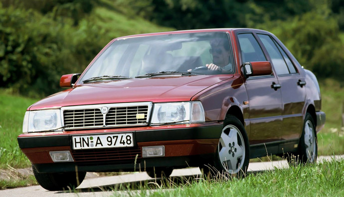Lancia Thema 8.32 Series 1